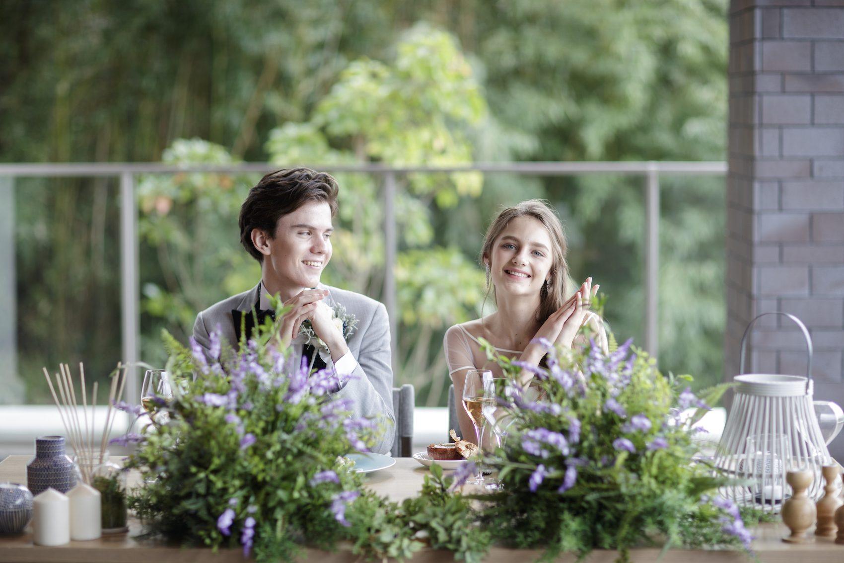 香川県高松市の結婚式場アナザースタイルのメインテーブル